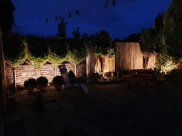 LED garden uplighting